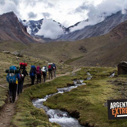Iniciación al Montañismo, Trekking y Ascensión - Vallecitos, Cordón del Plata - Mendoza