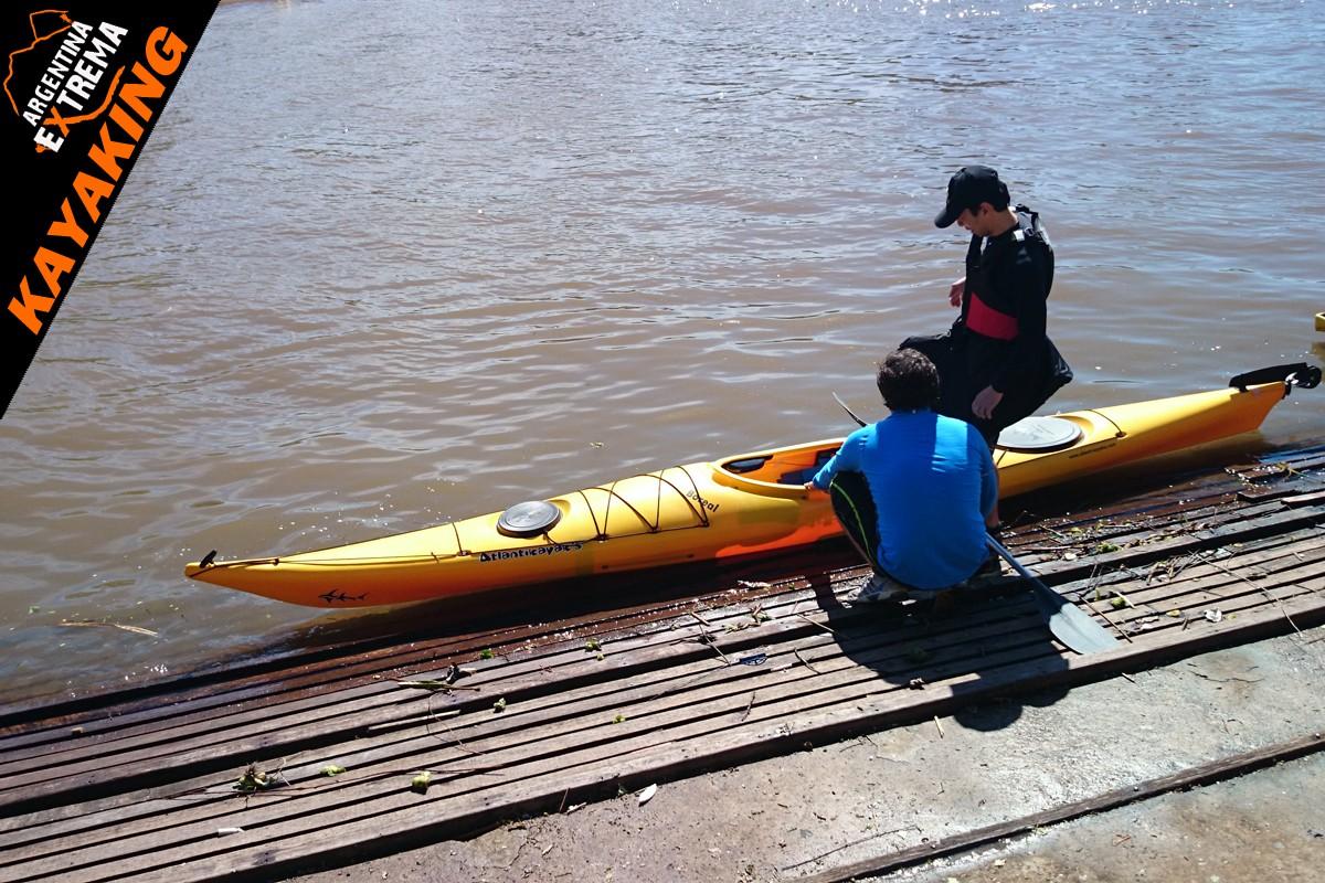 kayaking de travesia