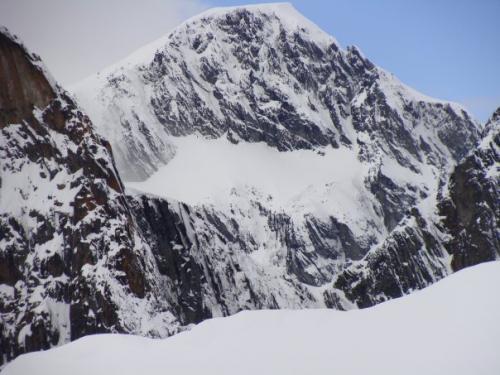monte alvear ushuaia cara oeste