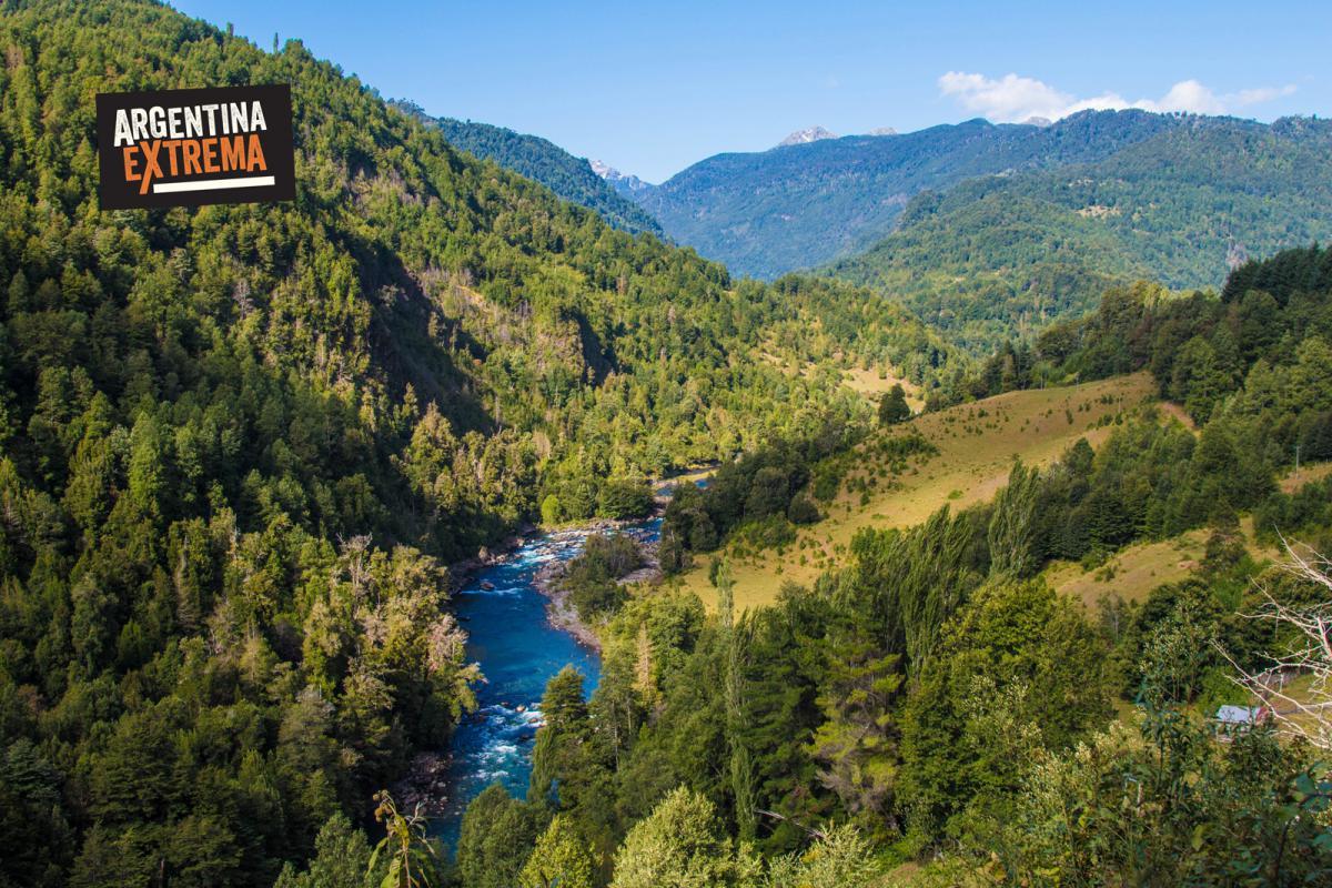 Rio Liquiñe - Chile - Mtb Camino de los Volcanes