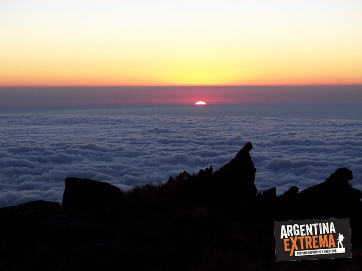 vista al amanecer desde La Cueva