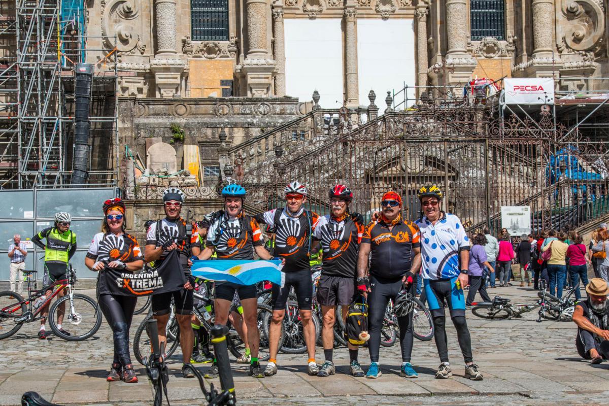 Foto Final frente a la Catedral de Santiago de Compostela