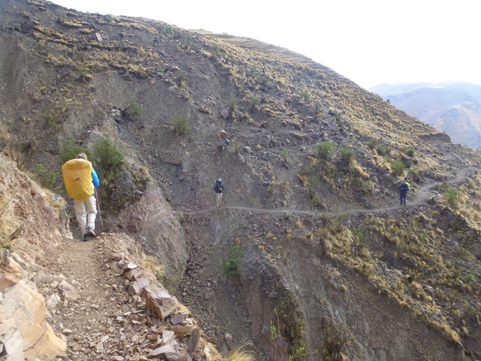 hacia Yuto Pampa