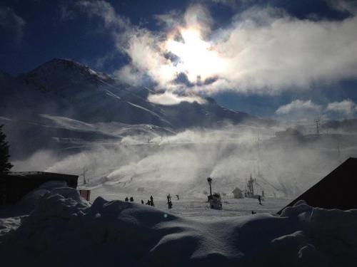 ski snowboard week grupal 8