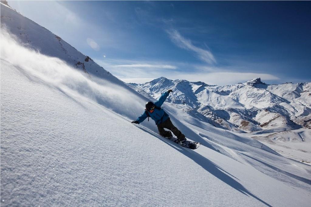 ski snowboard week las lenas grupal amigos familias690