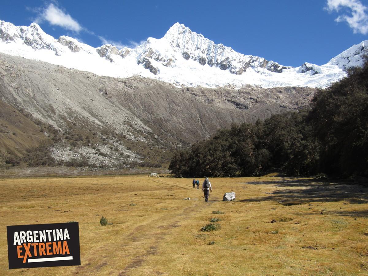 trekking cordillera blanca peru llanganuco santa cruz 463
