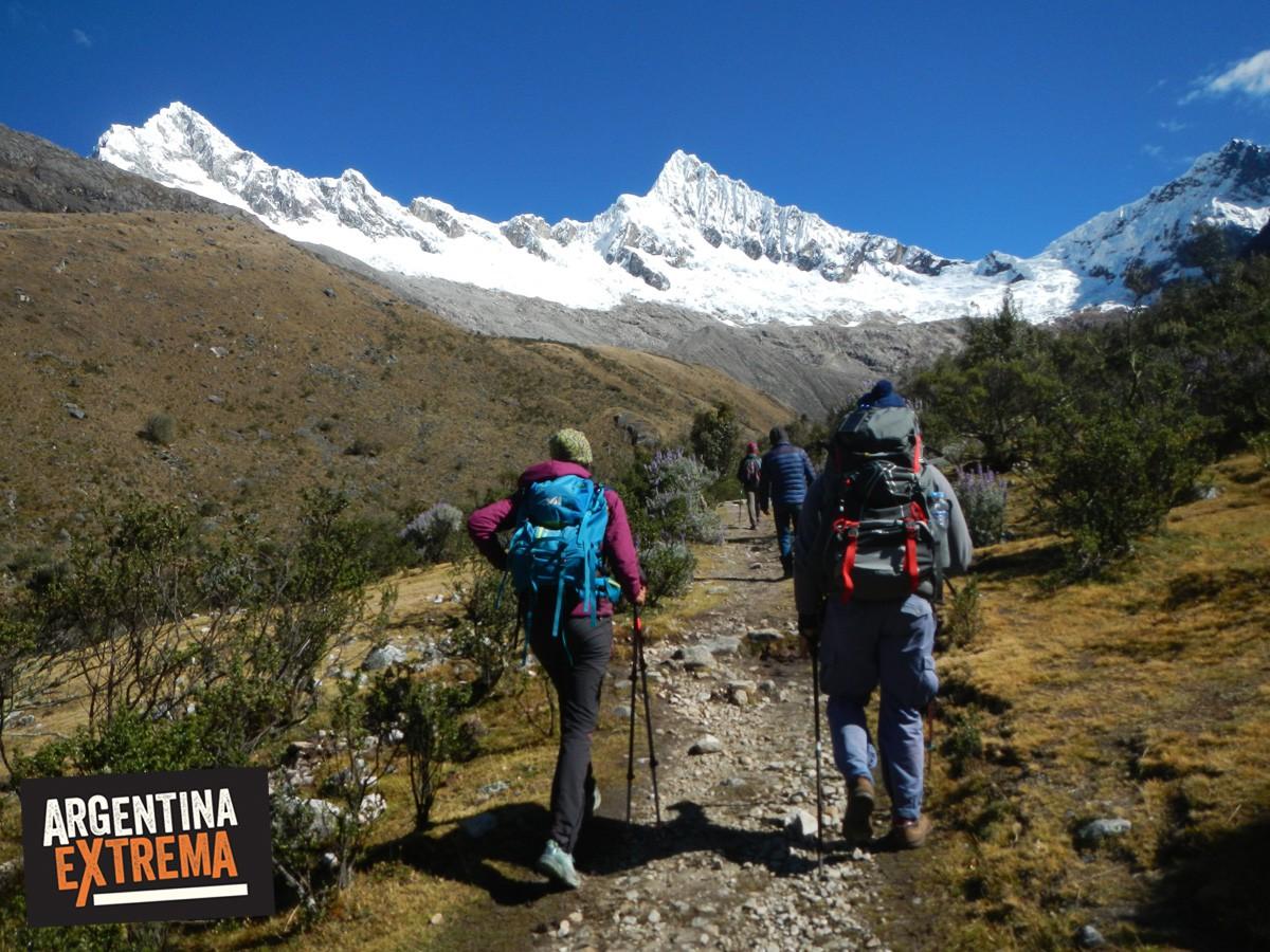 trekking cordillera blanca peru llanganuco santa cruz 721