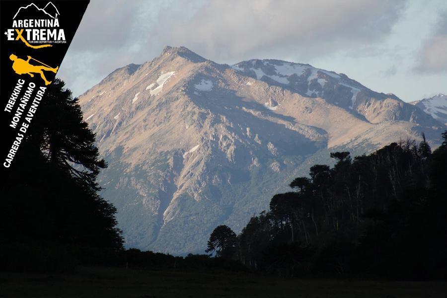 trekking en la region de pehuenia neuquen124