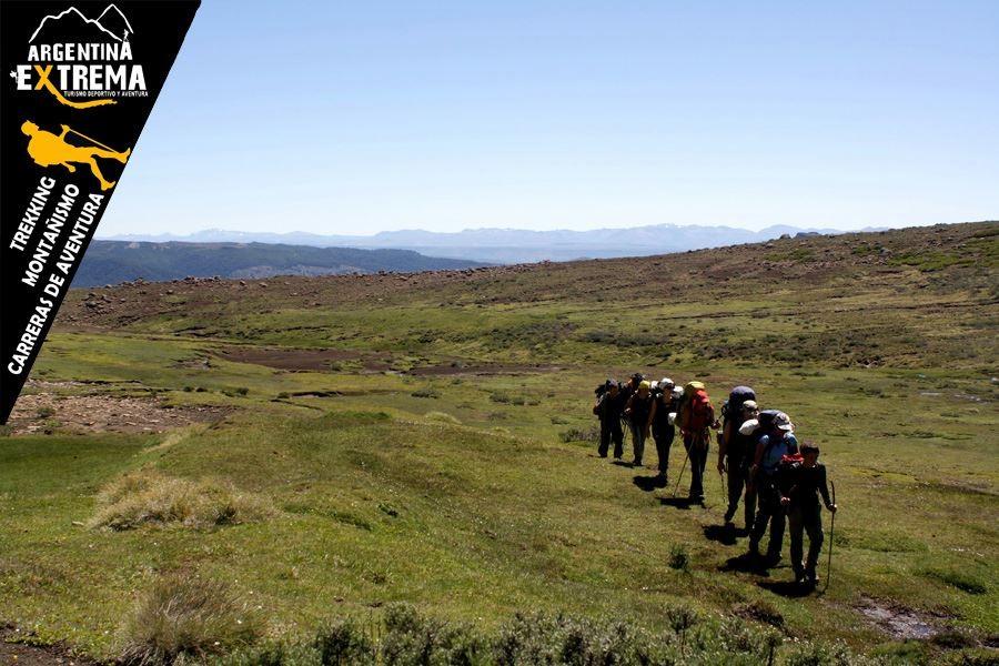 trekking en la region de pehuenia neuquen529