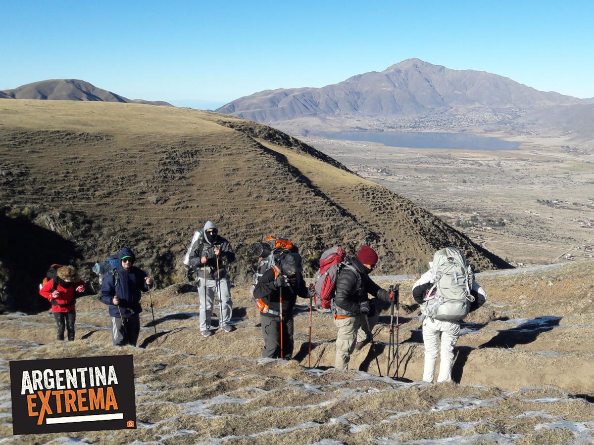 mirador hacia Dique La Angostura, Cerro Ñuñorco y Tafi del Valle