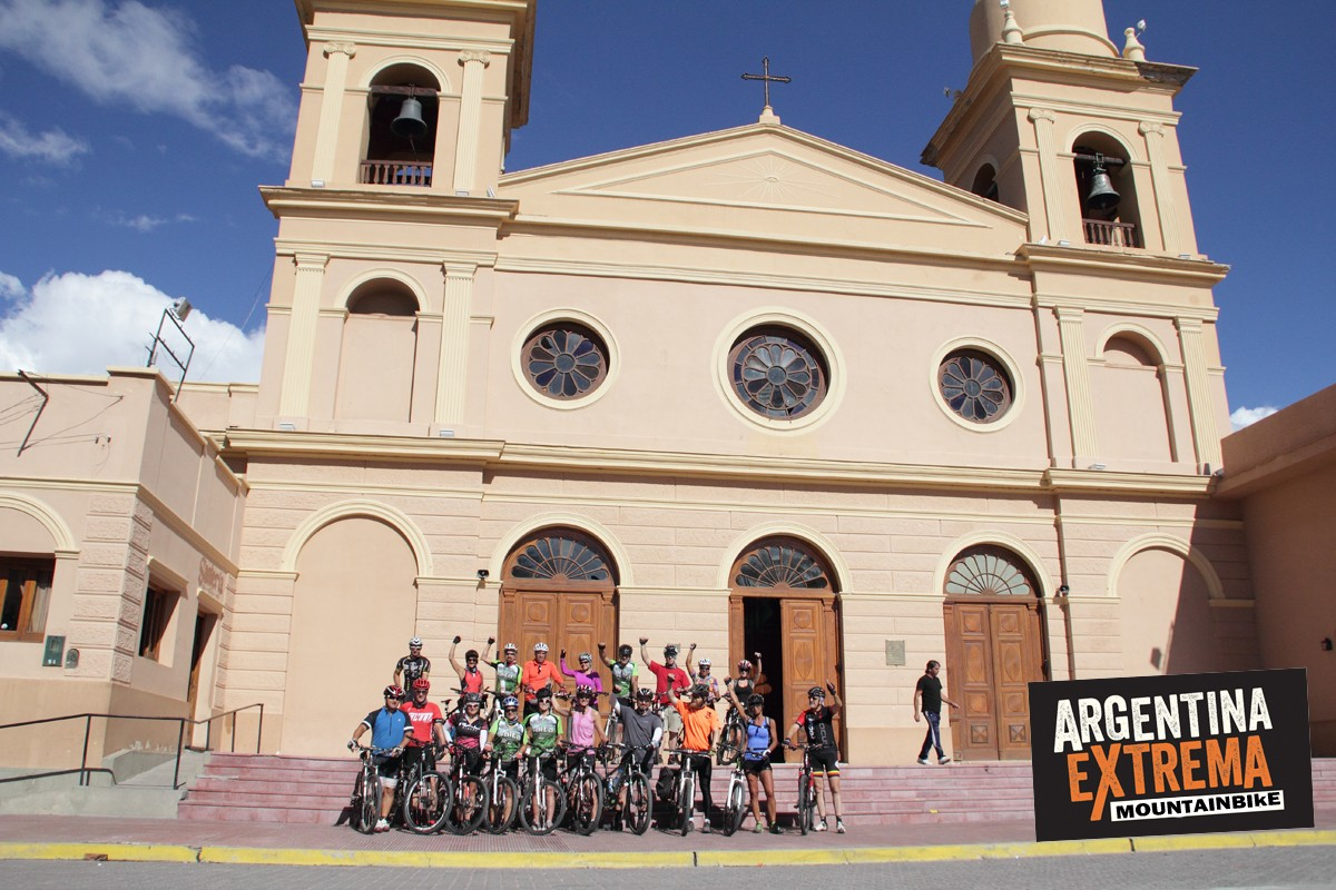 vuelta a los valles calchaquies ruta 40 mountain bike salta544